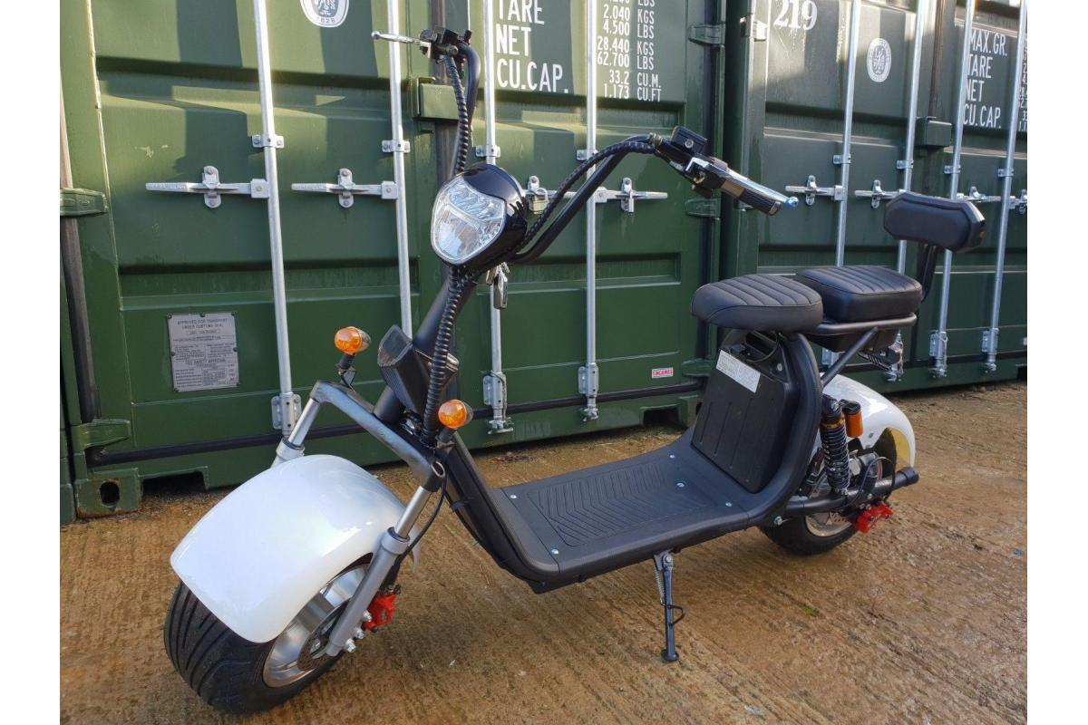 For Sale Electric scooter citycoco 3000W motor with 20ah battery - 1/2